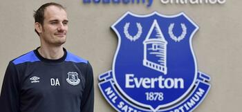 Adams named Everton's new head of academy coaching