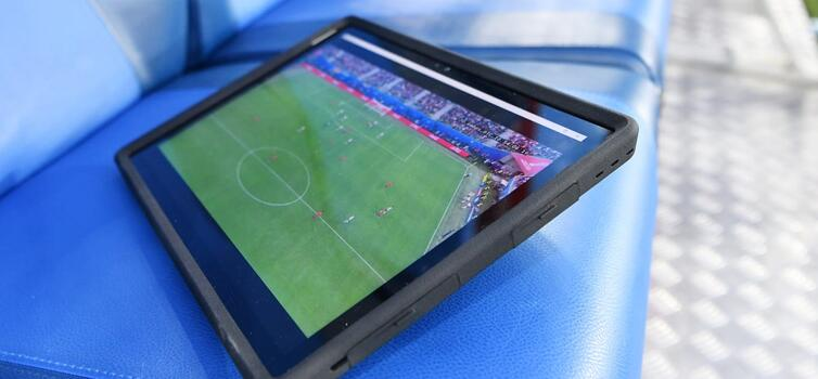 Fifa trialled use of tablets on the bench at 2017 Confederations Cup final