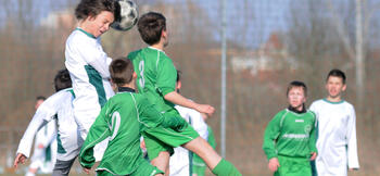 Football Association bans heading in training for Under-12s