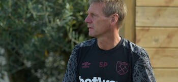 West Ham owners relent and allow Pearce to re-join Moyes