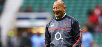 Eddie Jones lets England players take training